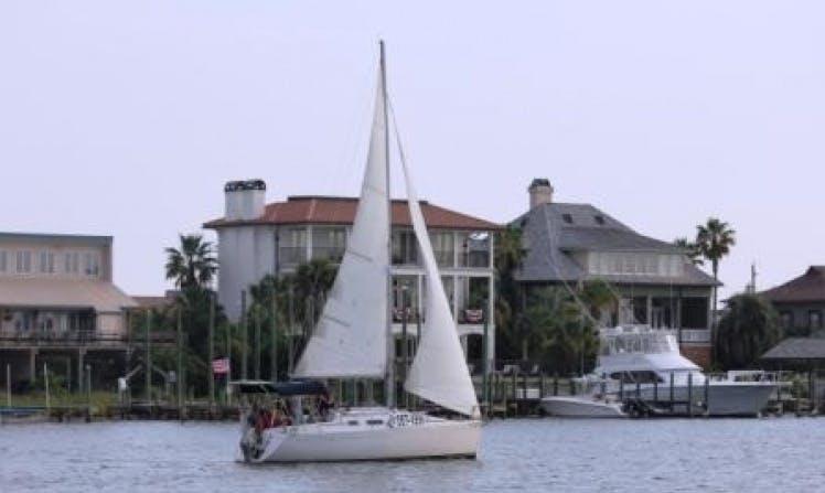 """Rent 26ft """"Braveheart"""" Sloop In Destin, Florida"""