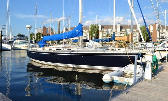 Charter 40' Hunter Legend Sailing Yacht In Mamaroneck, New York