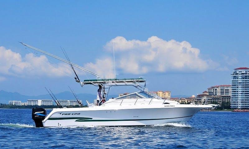 30' Proline Fishing Yacht in Puerto Vallarta, Jalisco