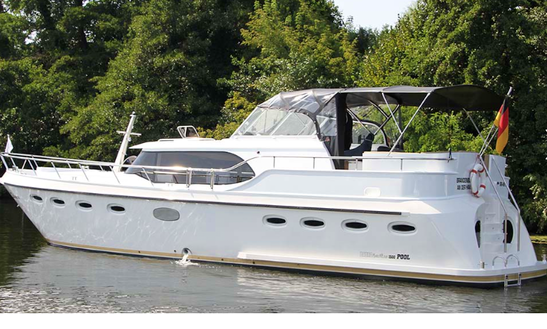 Charter 49' Motor Yacht In Brandenburg, Germany