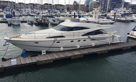 Stay On 58' Fairline Squadron Motor Yacht In Southampton, Uk