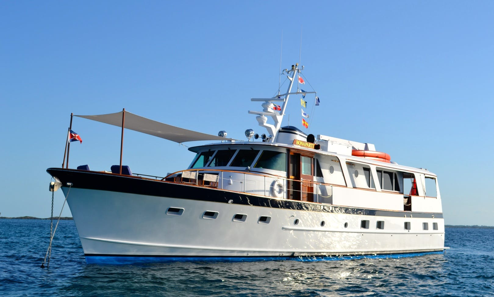"""Captained Charter On 70ft MV """"Bonaparte"""" With Captain Francois In The Bahamas"""