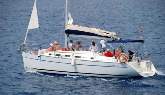 Charter 39' Cruising Monohull In Costa Adeje, Canarias