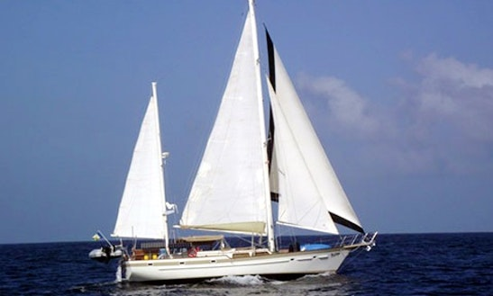 Enjoy British Virgin Islands On 53ft
