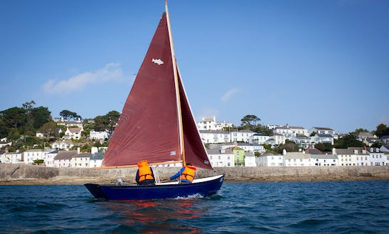 Hire Sailing Dinghy In Saint Mawes, England