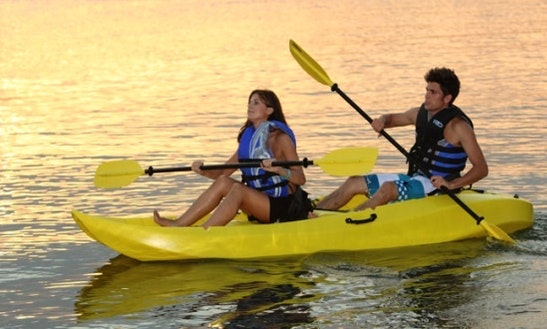 Enjoy Double Kayak Tours And Hire In Lord Howe Island, New South Wales