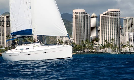 40' Beneteau Oceanis 393 Located At _kewalo Basin Harbor 1125 Ala Moana Blvd Honolulu96814