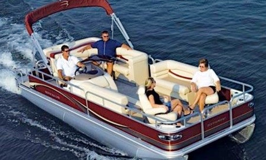 Pontoon Boat 22ft - Fully Equipped