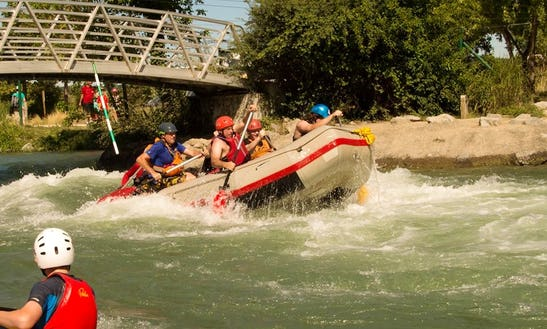 Enjoy Rafting Courses In Pontwelly, Wales