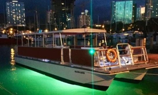 50ft Glass Bottom Boat In Honolulu, Hawaii