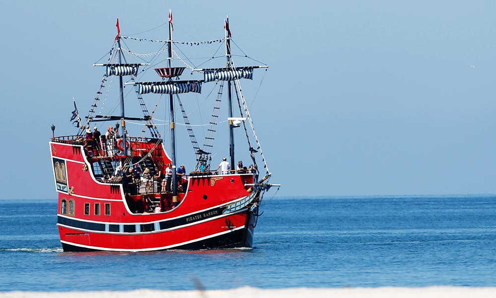 Pirate's Ransom Boat Cruises Around Gulf of Mexico With Captain Memo