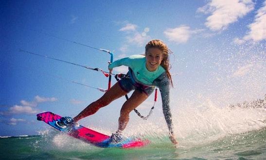 Enjoy Kiteboarding Lessons In Dubai, United Arab Emirates