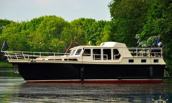 Charter 39' Derby 9 Motor Yacht In Utrecht, Netherlands