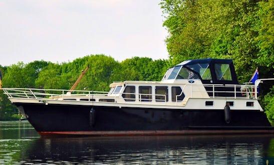 Charter 45' Derby 2 Motor Yacht In Utrecht, Netherlands