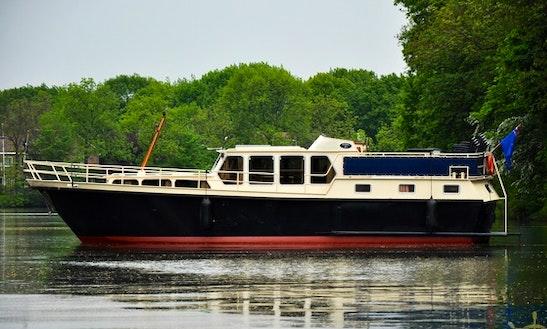 Charter 45' Derby 21 Motor Yacht In Utrecht, Netherlands