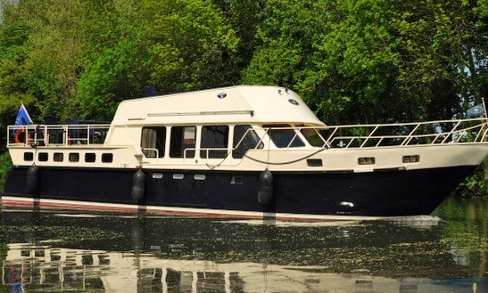 Charter 49' Derby 38 Motor Yacht In Utrecht, Netherlands