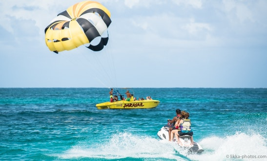 Parasailing In Collectivity Of Saint Martin