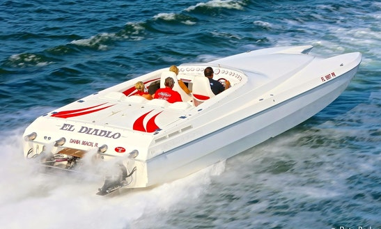 Power Catamaran Rental In Miami Beach