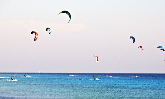 Enjoy Kitesurfing Lessons In Den Haag, Zuid-holland