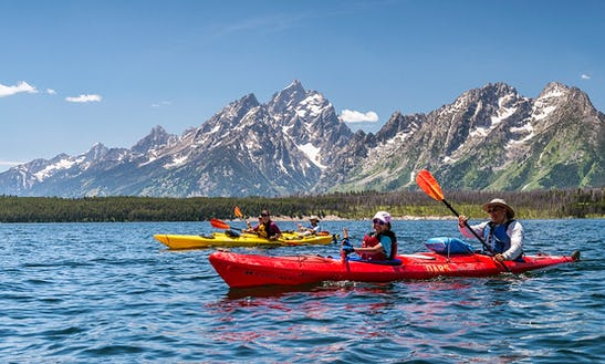 Amazing Double Kayak Tours And Rental In Thousand Islands, Ontario