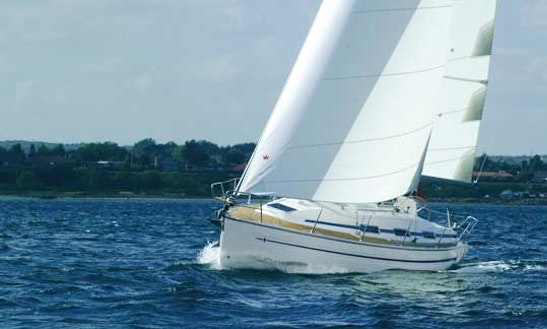 Enjoy Sunset Cruise In Blairgowrie, Victoria On 32' Cruising Monohull
