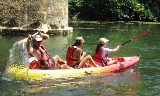 Sit-in-top Triple Kayak Rental In Saint-guilhem-le-désert, Occitanie