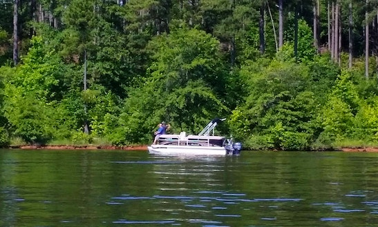 Lake Cruises On Sweetwater Pontoon In Wake Forest