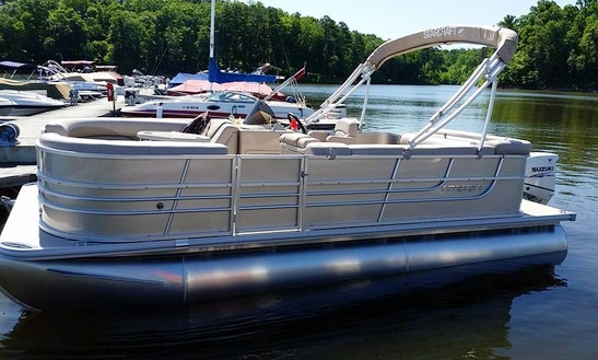 Experience North Carolina On A Pontoon Boat With Family And Friends