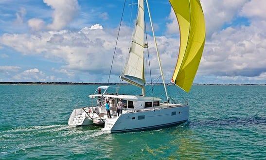Charter 39' Cruising Catamaran In Eivissa, Illes Balears