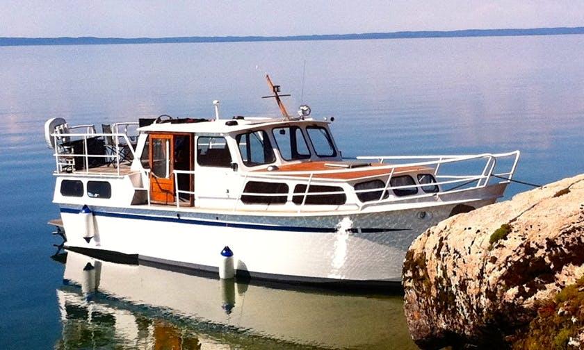 32' Pedro Motor Yacht Charter in Östergötlands, Sweden