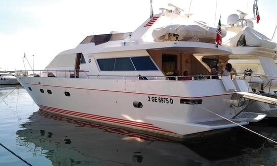 Vera Motor Yacht Rental In Formia, Southern Italy