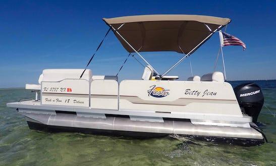 Blowfish House & Pontoon Boat