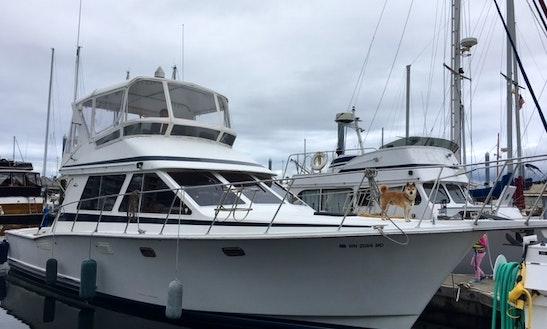 46ft Tollycraft 40 Sport Sedan Motor Yacht Charter In Puget Sound, Washington