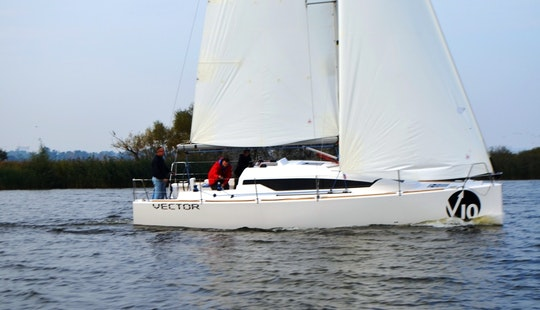 Charter The 2015 Vector 10 S Cruising Yacht In Gdynia, Poland