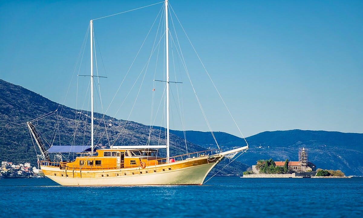 Charter 95' Kaya Güneri 2 Gulet in Herceg Novi, Montenegro