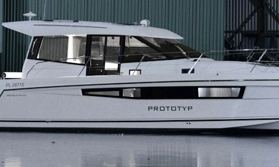 Charter The Platinum 989 Motor Yacht In Gdynia, Poland