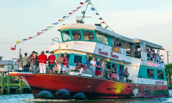 Experience The Best Party Boat On Clear Lake, Texas!