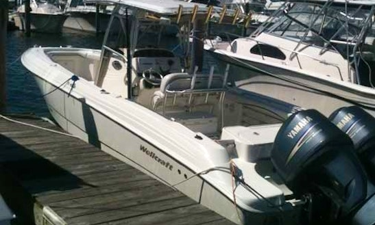 Fishing Charter On 32' Wellcraft Center Console In Montauk, New York