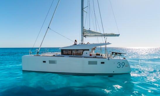 Power Catamaran Rental In Palma
