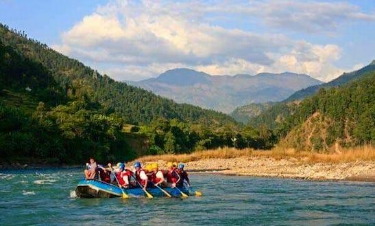 Enjoy Rafting Trips On Trishuli River In Kathmandu