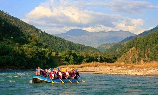 Enjoy Rafting Trips On Trishuli River In Kathmandu