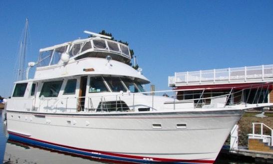 Power Mega Yacht Rental In Old Saybrook