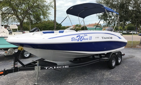 21' Tahoe Deck Boat Rental In Tampa Bay Region, Florida
