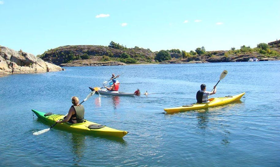 Single Kayak Rental and Beginner Courses in Fiskebäckskil, Sweden