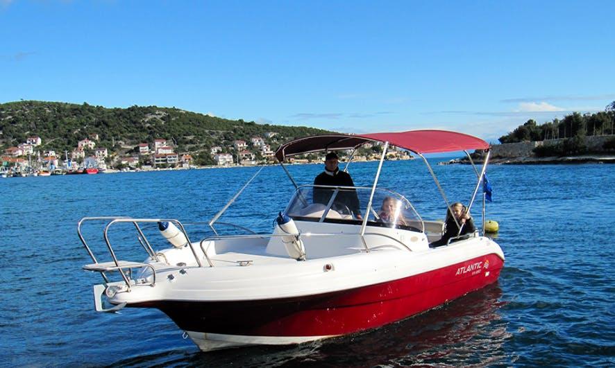 Rent 21' Atlantic 650 WA Suncruiser in Vinisce, Croatia