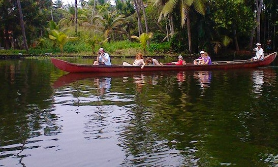 Enjoy Canoe Trips In Alappuzha, Kerala