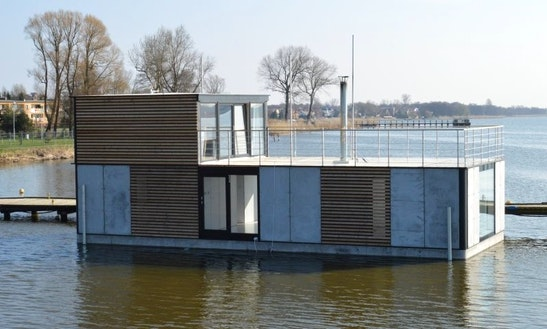 Stay On Houseboat Ht7 Xxl With 3 Bedrooms And Sauna In Mielno, Poland