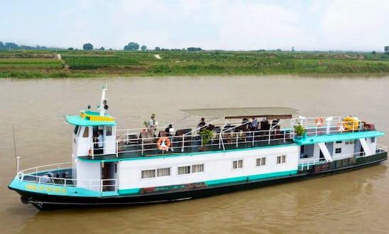 Enjoy River Cruise In Hanoi, Vietnam