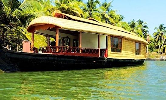 Charter 89' House Boat In Nileshwar, Kerala