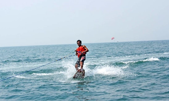 Try Wake Boarding In Baga, Goa!